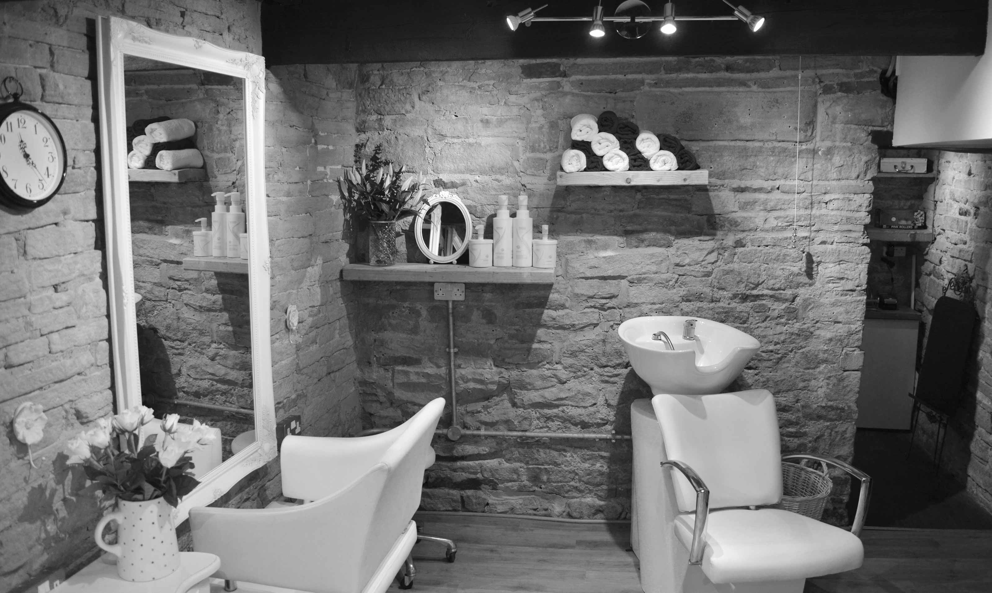 VIP Hair Design Holmfirth Interior 3