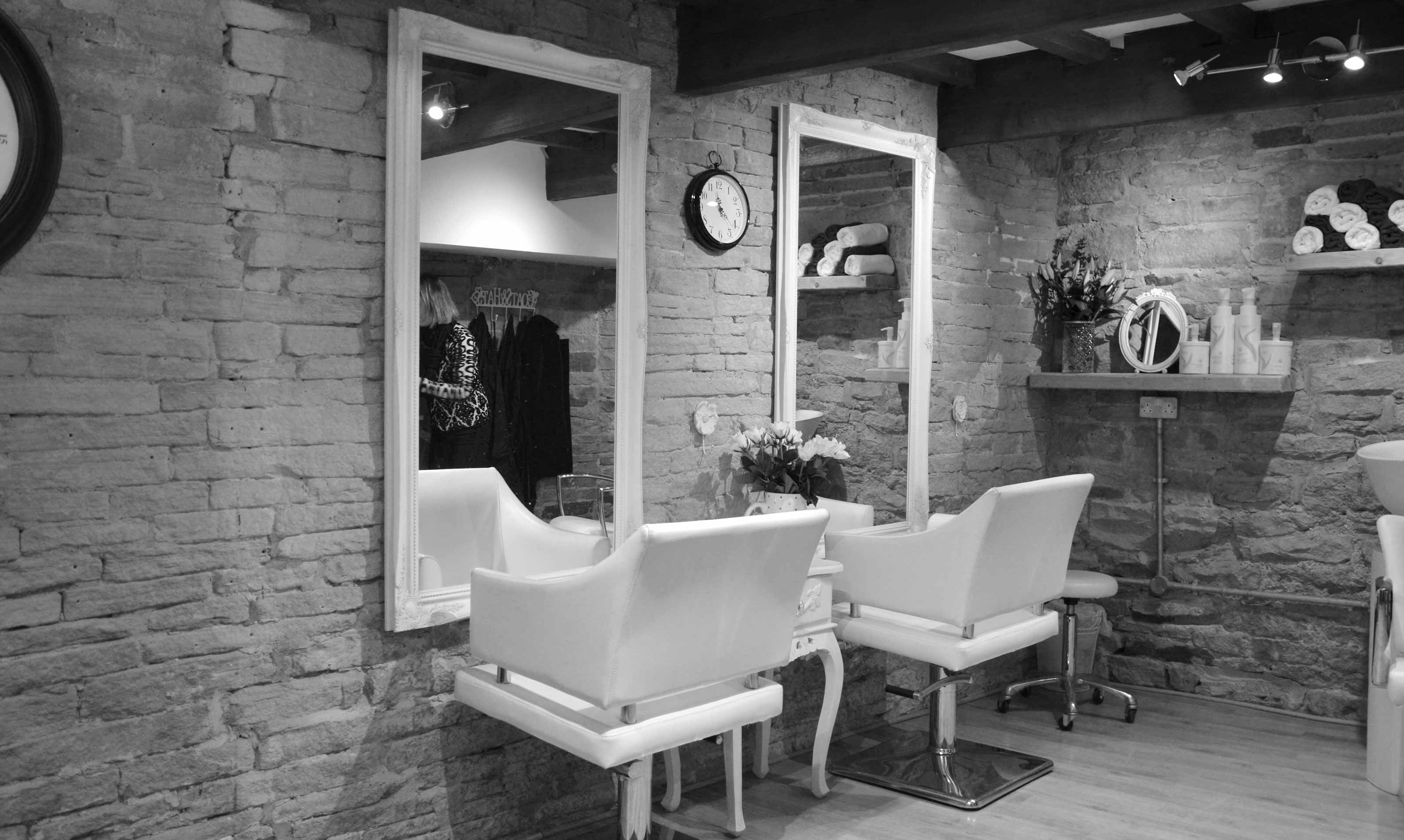 VIP Hair Design Holmfirth Interior 1